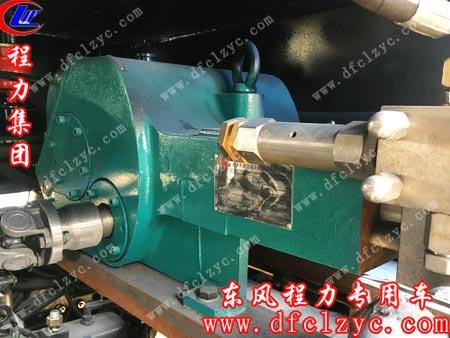 湖北程力集团技术人员建议客户换的杭州威龙油泵