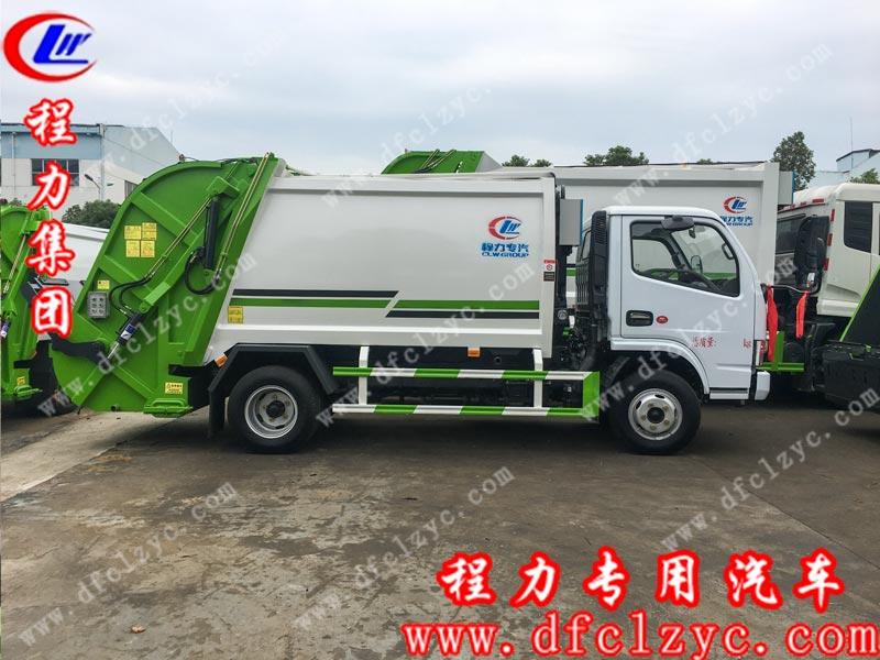 程力专用汽车股份有限公司生产的东风福瑞卡压缩垃圾车