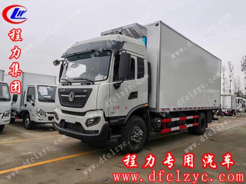 程力专用汽车股份有限公司生产的东风天锦高顶双卧冷藏车