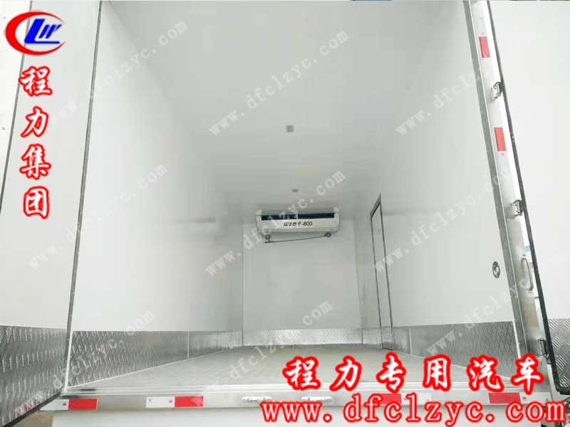 湖北程力集团生产的新款东风天锦高顶双卧冷藏车